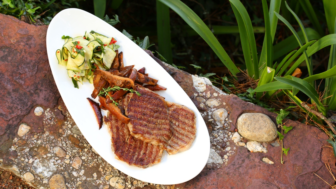 Seared wagyu with mushroom ragu and zucchini salad